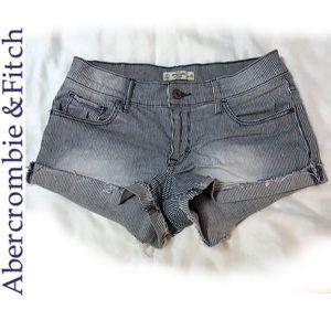 A&F Dark Blue + White Striped Denim Shorts Sz 2